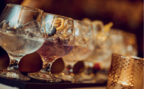 Gin goblets in a row for Tasting
